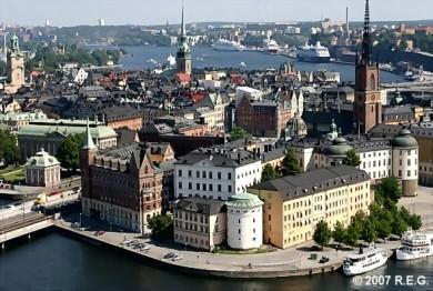 El Gamla Stan constituye el casco antiguo de Estocolmo. Algunos edificios se construyeron en la Edad Media.