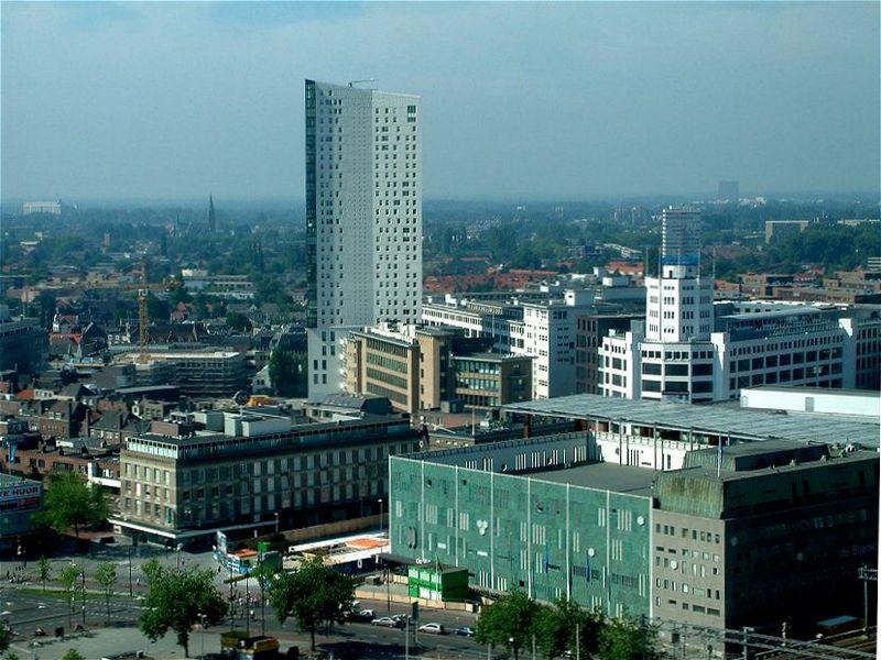 El tercer y último concurso de Destinia y Transavia sorteará dos billetes de avión a Eindhoven 8