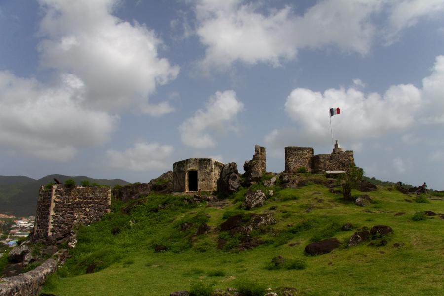El fuerte de Marigot, Fuerte Luis