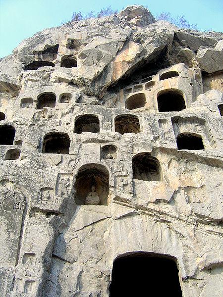 450px-Longmen_Caves