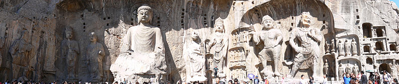 800px-Boddhisatvas_in_Longmen_Grottoes