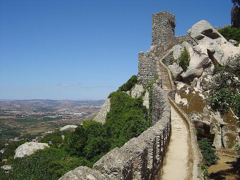 800px-Castelo_dos_Mouros_-_Sintra_(_Portugal_)2
