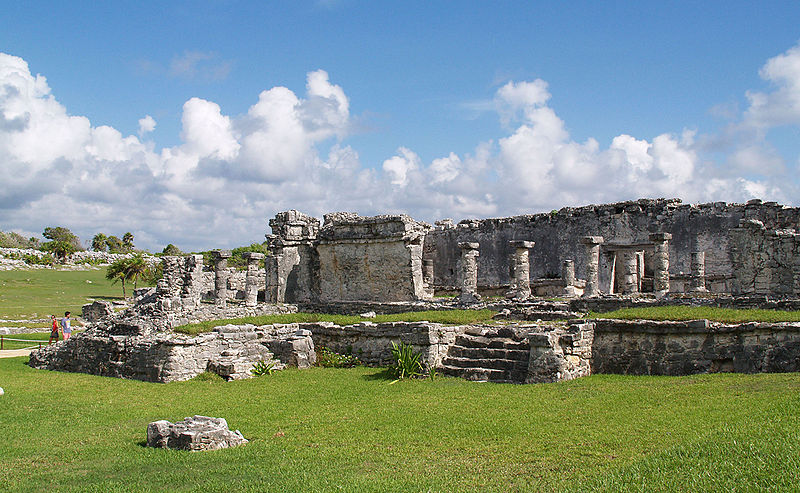 800px-Tulum_-_House_of_the_Columns