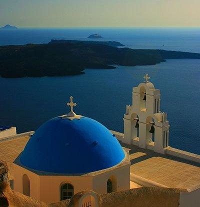400px-Agios_Theodori_church_-_Firostefani,_Santorini