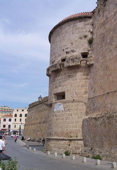 450px-Alghero_Torre_de_Maddalena