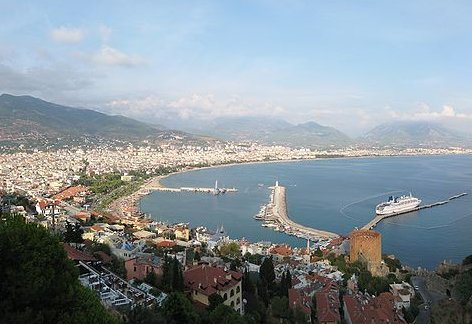 800px-Turkey,_Alanya,_panorama_view