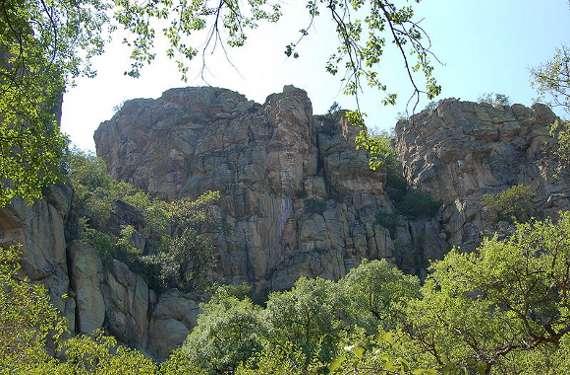 800px-Tsodilo_Hills,_Botswana