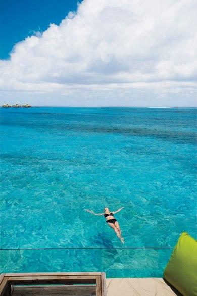 Hoteles con vistas espectaculares en el mundo 2 0viajes for Mejores resorts maldives