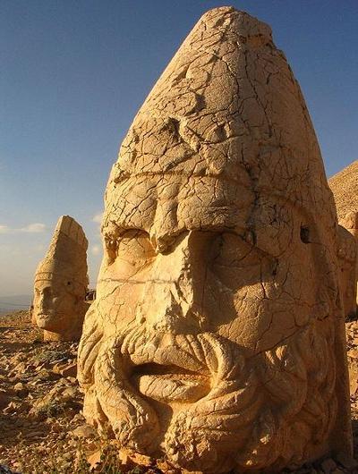 La cima del monte Nemrut, donde moraron los antiguos dioses 5
