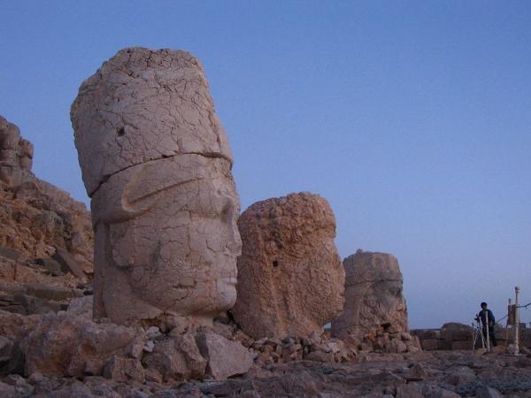 La cima del monte Nemrut, donde moraron los antiguos dioses 6