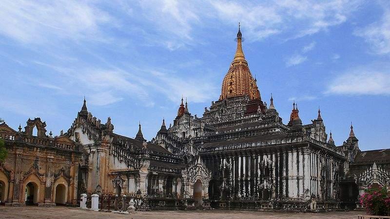 Los templos budistas de Bagan 4