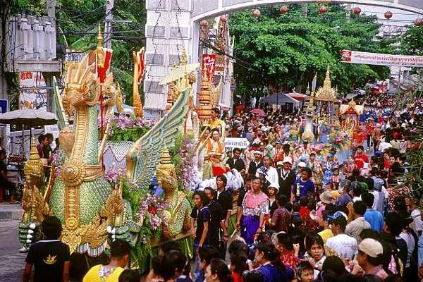 A dos semanas del Songkran o Año Nuevo tailandés 7