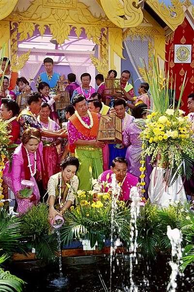 A dos semanas del Songkran o Año Nuevo tailandés 5