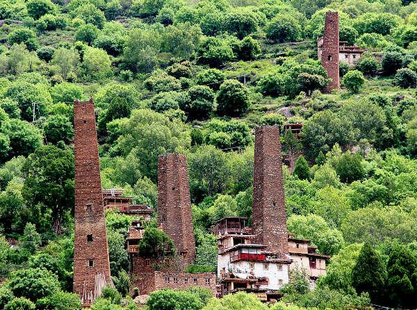 Danba, el reino de los mil castellos de piedra, China