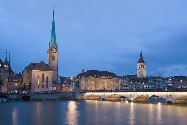 Catedral de San Pedro Zúrich, Suiza