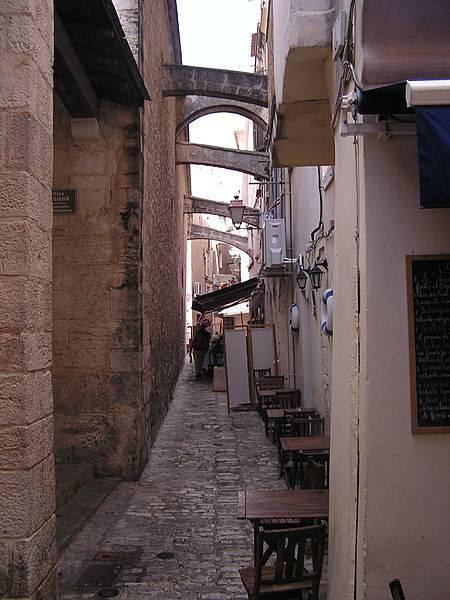 calle de bonifacio casco antiguo