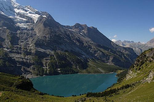 Lago de Oeschinen, en Suiza