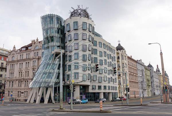 Casa Danzante, Praga, República Checa