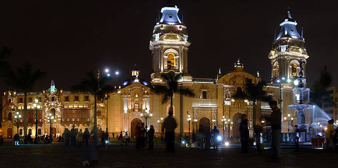 Plaza Mayor, Lima, Perú