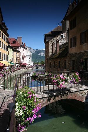Pont sur le Thiou, Annecy, Francia