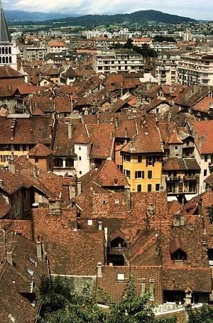 Tejados del casco viejo, Annecy, Francia