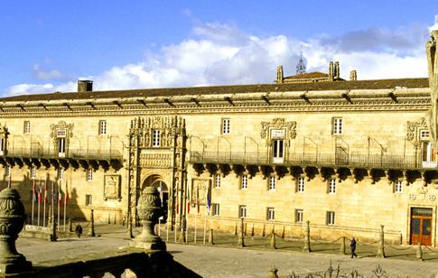 Parador de Santiago de Compostela, Hostal dos Reis Católicos, La Coruña