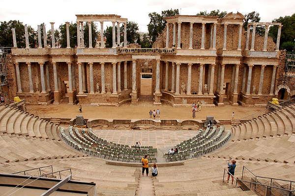 Teatro romano de Mérida, Mérida
