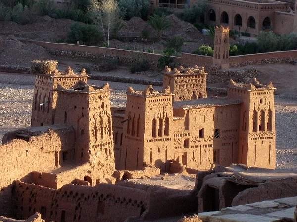 Torres de Ait Ben Hadu, Suus Masa Draa, Marruecos