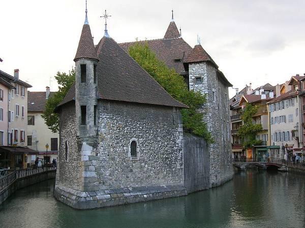 Palacio de Isle, Annecy, Francia