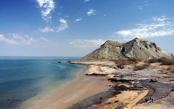Playa de Khezr, en Ormuz, Irán