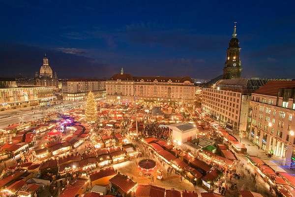 Striezelmarkt, mercado de Navidad Dresde, Alemania