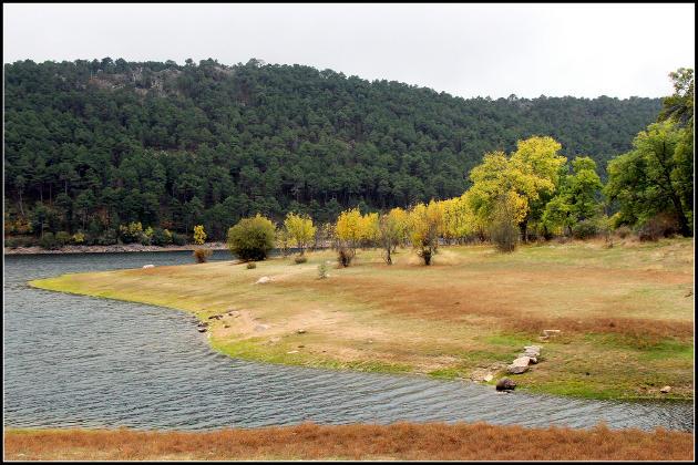 Senderismo en la Sierra de Guadarrama, en otoño