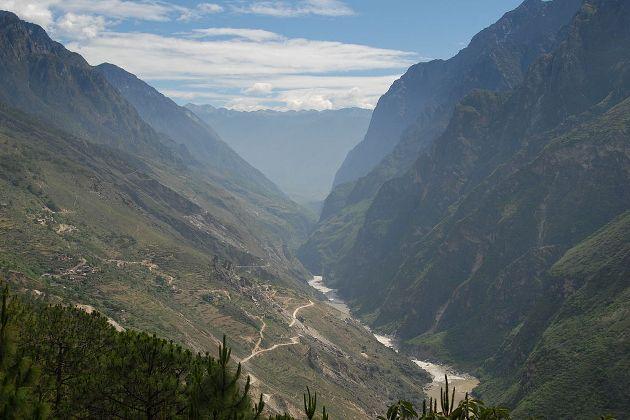 Cañón del Salto del Tigre, en China
