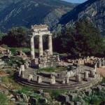 delphi_tholos