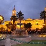 arequipa_plaza_night
